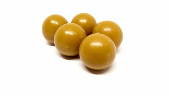 Amber Chocolate Roasted Hazelnuts image